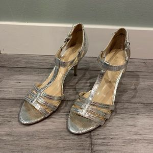 Enzo Angolini Size 7 Silver Snakeskin Strappy Heel